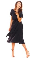 Rozkloszowana Midi Czarna Sukienka z Krótkim Kimonowym Rękawem