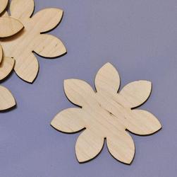 Drewniana dekoracja kwiatek 9,5 cm - KWI