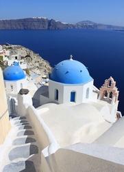 Kościoły na santorini, cyklady, grecja - fototapeta