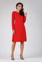 Czerwona wizytowa lekko rozkloszowana sukienka z kontrafałdą