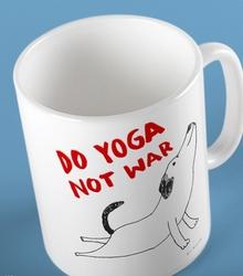 Do yoga not war dog kubek biały universal
