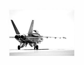 F18 taxiing bw - reprodukcja