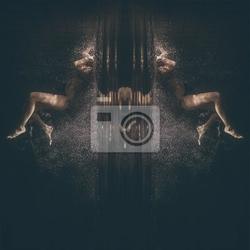 Obraz podwodne abstrakcyjny portret młodej kobiety
