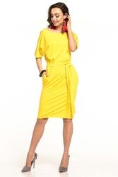 Żółta dzianinowa sukienka z kimonowym krótkim rękawem