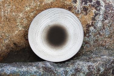 Talerz płaski 16 cm, porcelanowy revol swell biały piasek rv-653513-6