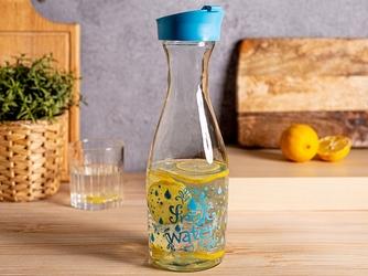Karafka szklana na wodę i sok z pokrywą altom design 1000 ml niebieska