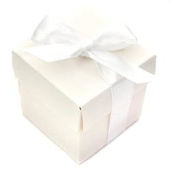 Białe pudełeczka z kokardką - 10 szt.
