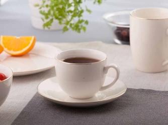 Filiżanka do kawy ze spodkiem porcelana kremowa altom design bella złota linia