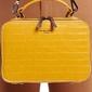 Torebka kuferek dwustronny żółty david jones 6145-3 - żółty