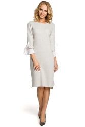 Popielata sukienka prosta dzianinowa z białym mankietem