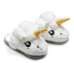Kapcie pluszowe onesie jednorożec pantofle białe