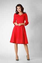 Czerwona wizytowa rozkloszowana sukienka na stójce z dekoltem v