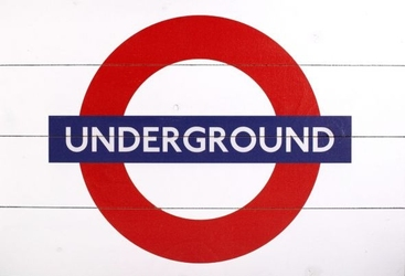 London underground sign - obraz na drewnie