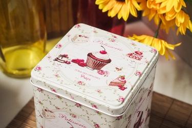 Puszka dekoracyjna muffinka kwadratowa h- 15 cm