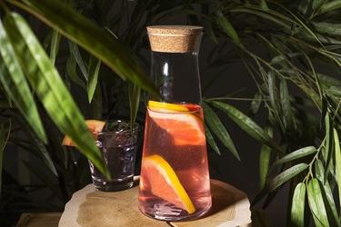Karafka z korkiem  dzbanek na wodę i sok altom design 1100 ml