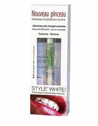Style White Odświeżający Pędzelek z żelem do wybielania zębów