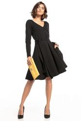 Sukienka rozkloszowana z dekoltem w serek i kieszeniami t323 czarny