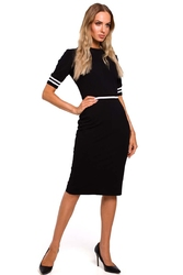 Czarna dzianinowa dopasowana sukienka z dwukolorowymi ściągaczami