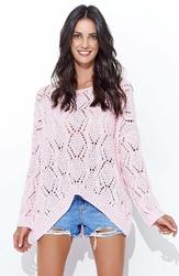 Różowy luźny sweter z szerokim dekoltem