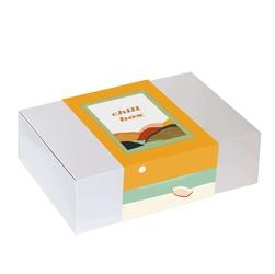 Zestaw prezentowy na wyjątkową okazję chillbox zachód słońca. zestaw 20 herbat różnego rodzaju i smaku 20x 58g, honeybush brownie 150g, uroczy kubek i czekoladowy lizak