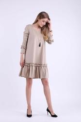 Beżowa subtelna sukienka z obniżoną talią