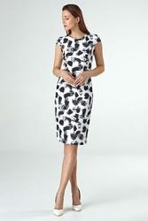 Dopasowana sukienka midi z wzorem