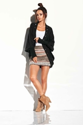 Czarny Nietoperzowy Sweter z Ozdobnym Brzegiem