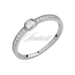 Srebrny delikatny pierścionek pr.925 cyrkonia biała kwadratowa
