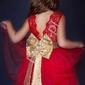Tiulowa sukienka dla dziewczynki - czerwona z cekinowym złotym paskiem i kokardą