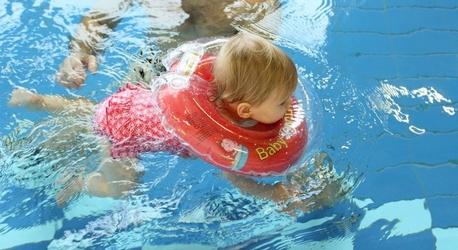 Dmuchany kołnierz Baby Swimmer 6-36 kg, różowy