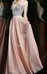 Suknia z kryształkami, jasny pudrowy róż dla druhen, świadkowych
