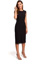 Czarna dopasowana sukienka z koronką