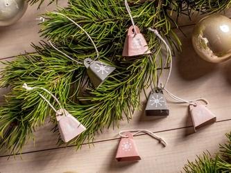 Ozdoby na choinkę  zawieszki choinkowe dekoracje świąteczne metalowe boże narodzenie altom design dzwoneczki komplet 6 szt.