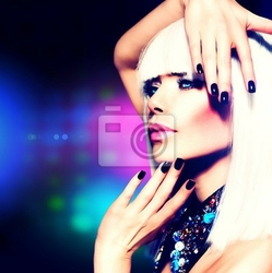 Obraz fashion girl portrait disco party. fioletowy makijaż i white hair