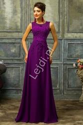 Śliwkowa sukienka wieczorowa z perłami i gipiurą