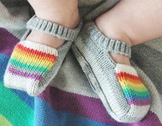 Tęczowe buciki szare rainbow booties grey