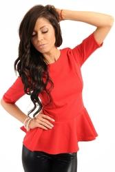 Czerwona szykowna bluzka z baskinką z rękawem do łokcia