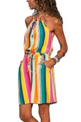 Letnia sukienka w kolorowe paski