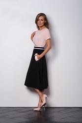 Czarna rozkloszowana spódnica z kieszeniami vega