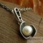 Festa - srebrny wisiorek z perłami