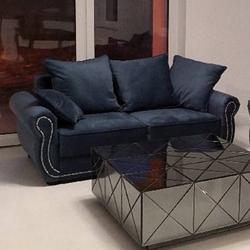 Elegancka 2-osobowa sofa bona w angielskim stylu