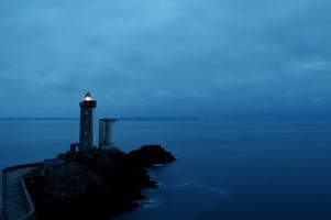 Fototapeta na ścianę latarnia zatopiona w błękicie nieba fp 4595