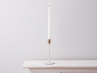 Świecznik metalowy altom design biały ze złotym wykończeniem 8 x 14 cm