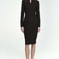Czarna sukienka midi z niską stójką