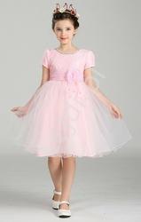 Szyfonowa różowa sukienka z kwiatem w pasie dla dziewczynek