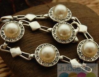 Adria - srebrna bransoleta z perłami i kryształkami