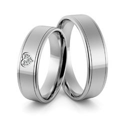 Obrączki ślubne z białego złota niklowego z sercem i brylantami - Au-974