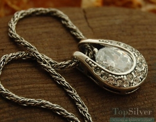 Genewa - srebrny wisior z kryształami
