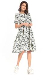 Sukienka midi z falbanką we wzory - jasne moro