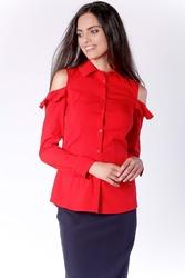 Nietuzinkowa czerwona koszula z odkrytymi ramionami i falbanką